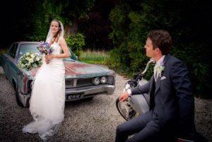 Tuut Tuut verhuur - Klassieke Amerikaanse trouw auto huren zonder chaffeur 1967 Chrysler Newport